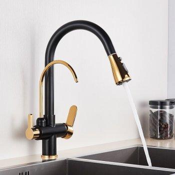 Moderne goud zwart mengkraan met aansluiting filter drinkwater