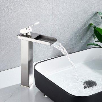Wastafelkraan Verhoogd Nikkel Design Wastafelkraan Waterval Uitloop